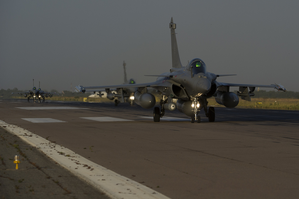 Rafale's gearing up for a simulated combat mission.